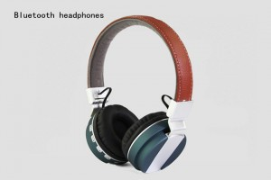 Cheap Wireless Bluetooth headphones wholesale high quality headphones customize